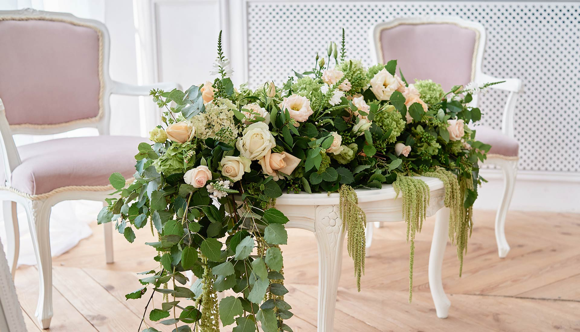 Luxury Floral Arrangement for a Lake Orta wedding
