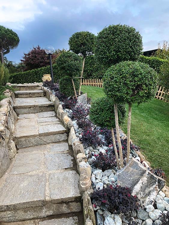 Realizzazione giardini rocciosi al Lago d'Orta