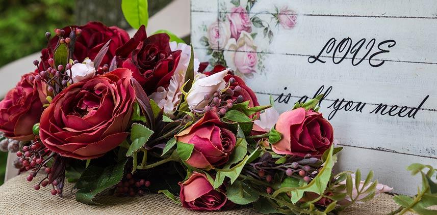Rose di seta per San Valentino